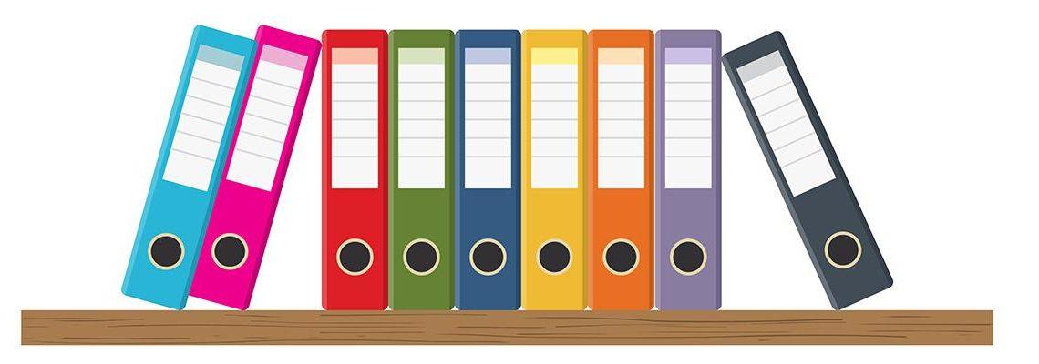 étagère de classeurs colorés